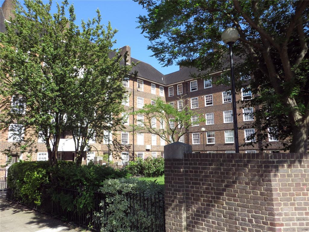 1 Bedroom Flat for sale in Biddestone Road, Holloway, London