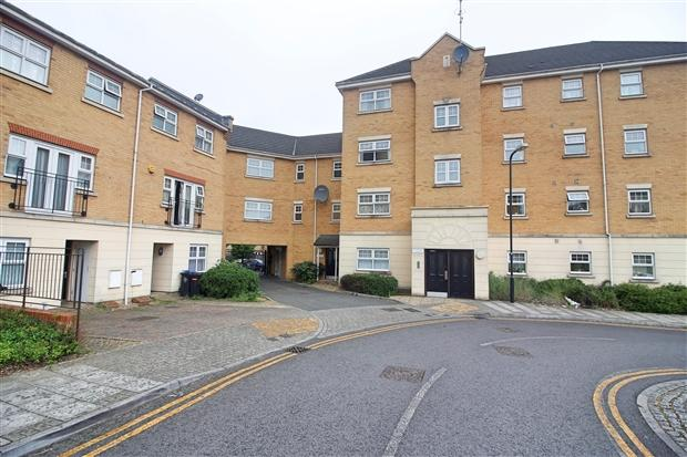 2 Bedrooms Apartment Flat for sale in Scott Road Edgware Harrow HA8