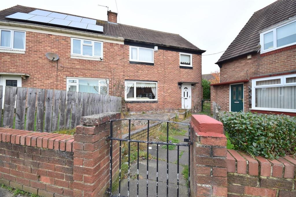3 Bedrooms Semi Detached House for sale in Cramlington Square, Sunderland