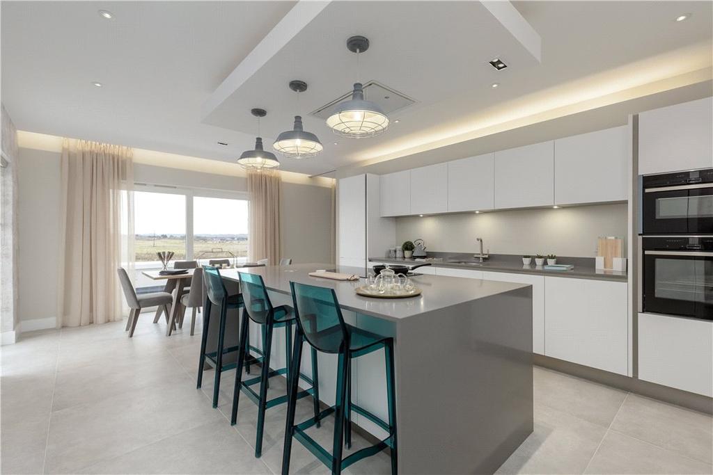 4 Bedrooms Penthouse Flat for sale in Castle Gogar Rigg, Edinburgh, Midlothian, EH12