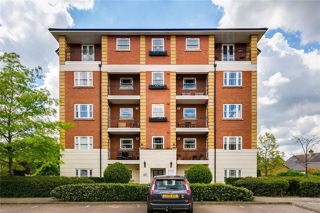 4 Bedrooms Flat for sale in Trinity Church Road, Barnes Waterside, London