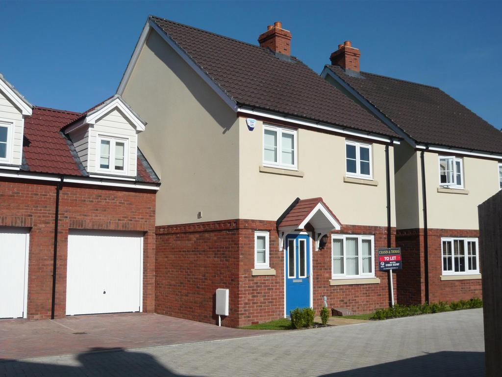 4 Bedrooms Semi Detached House for rent in Aller Mead Way, Williton