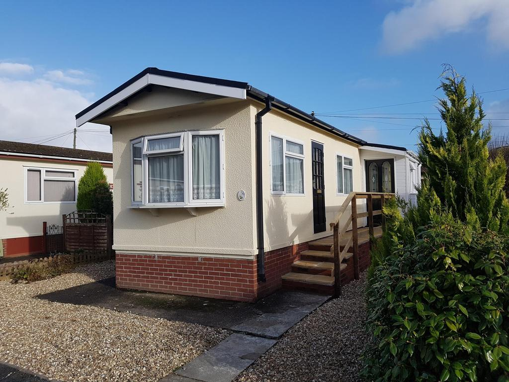 2 Bedrooms Detached Bungalow for rent in Mill on the Mole Residential Park, South Molton
