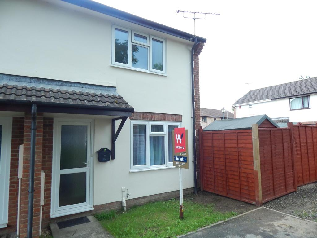 2 Bedrooms Semi Detached House for rent in Hornbeam Hollow, Roundswell