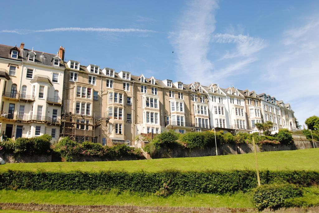 2 Bedrooms Apartment Flat for rent in Larkstone Terrace, Ilfracombe
