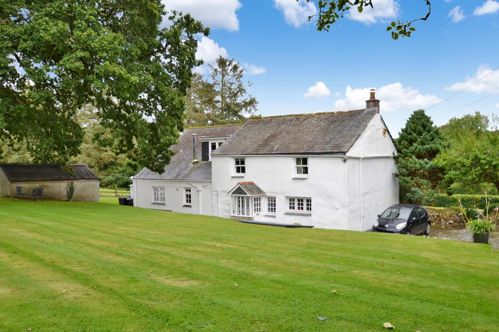 4 Bedrooms Detached House for sale in Nanstallon, Bodmin