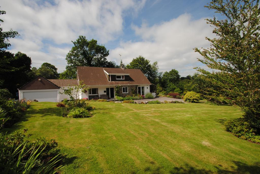 4 Bedrooms Detached House for sale in North Hill, Launceston