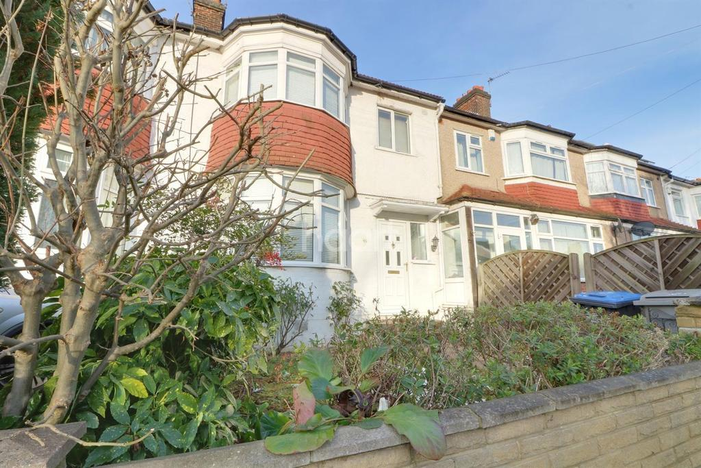 4 Bedrooms Terraced House for sale in Thirlmere Gardens, Preston Road