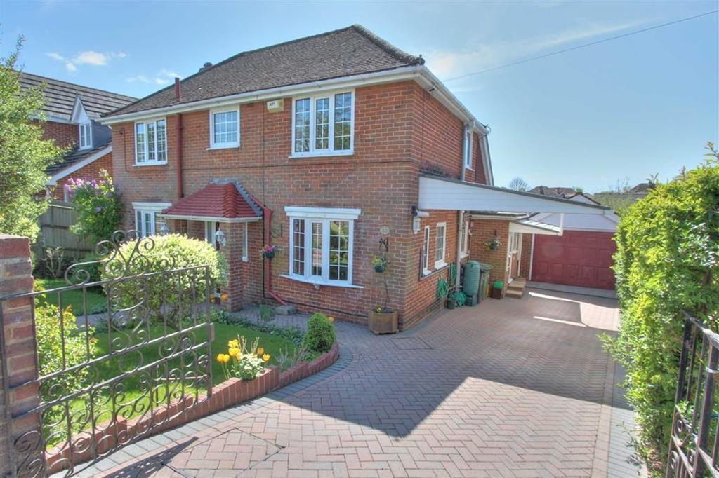 5 Bedrooms Detached House for sale in Keble Road, Chandlers Ford, Hampshire