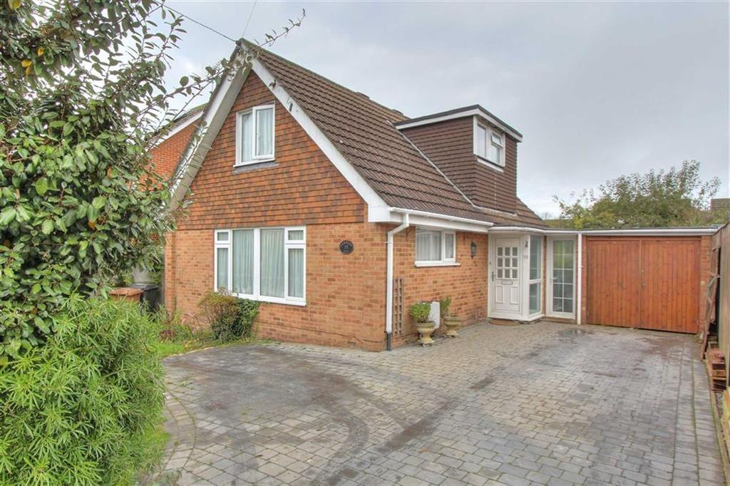 3 Bedrooms Chalet House for sale in Middle Road, North Baddesley, Hampshire