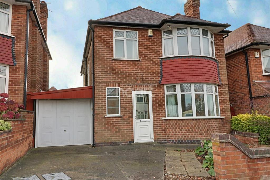 3 Bedrooms Detached House for sale in Castleton Avenue, Arnold, Nottingham