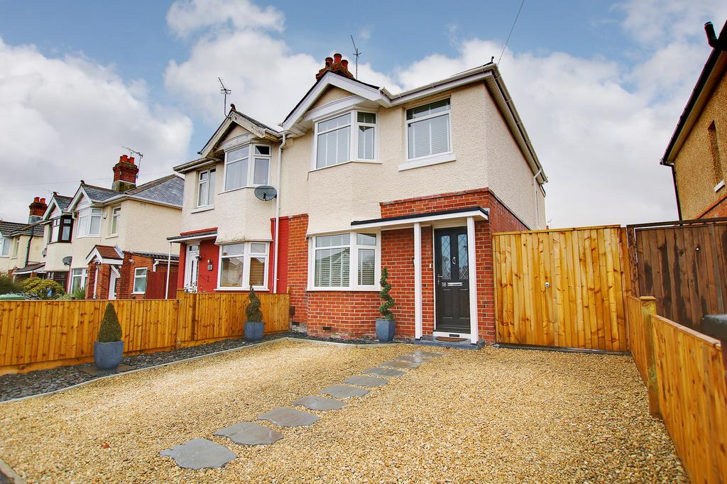 3 Bedrooms House for sale in Regents Park, Southampton