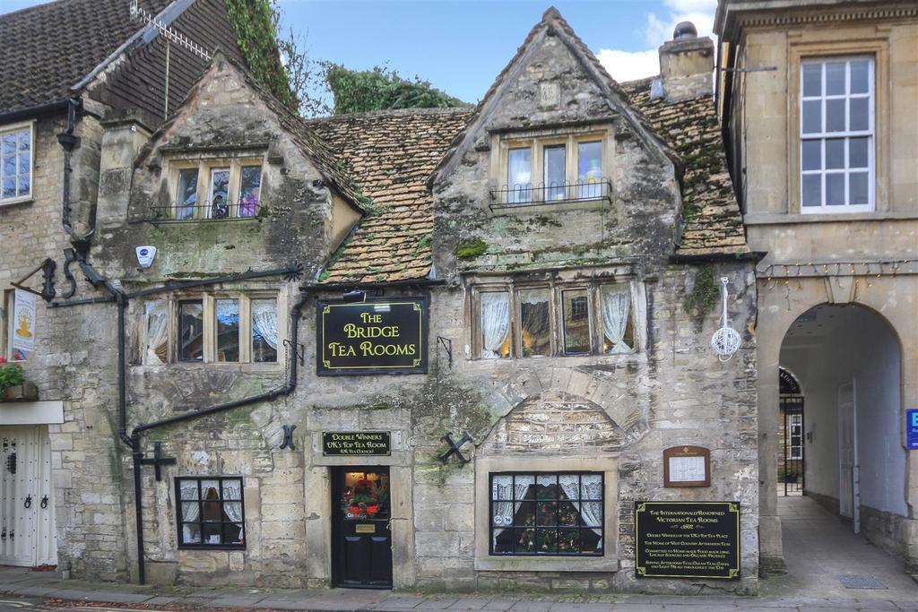 Terraced House for sale in Bridge Street, Bradford-On-Avon