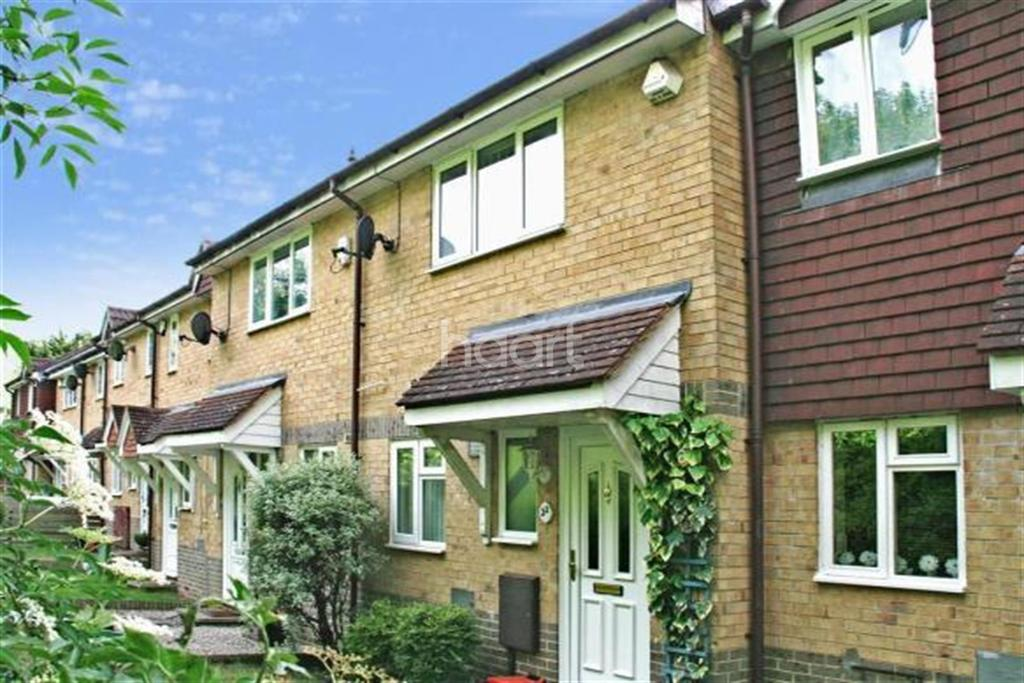 2 Bedrooms Terraced House for rent in Wildfell Close ME5