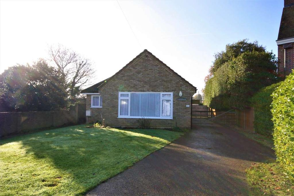 2 Bedrooms Detached Bungalow for sale in Manor Avenue, Deal