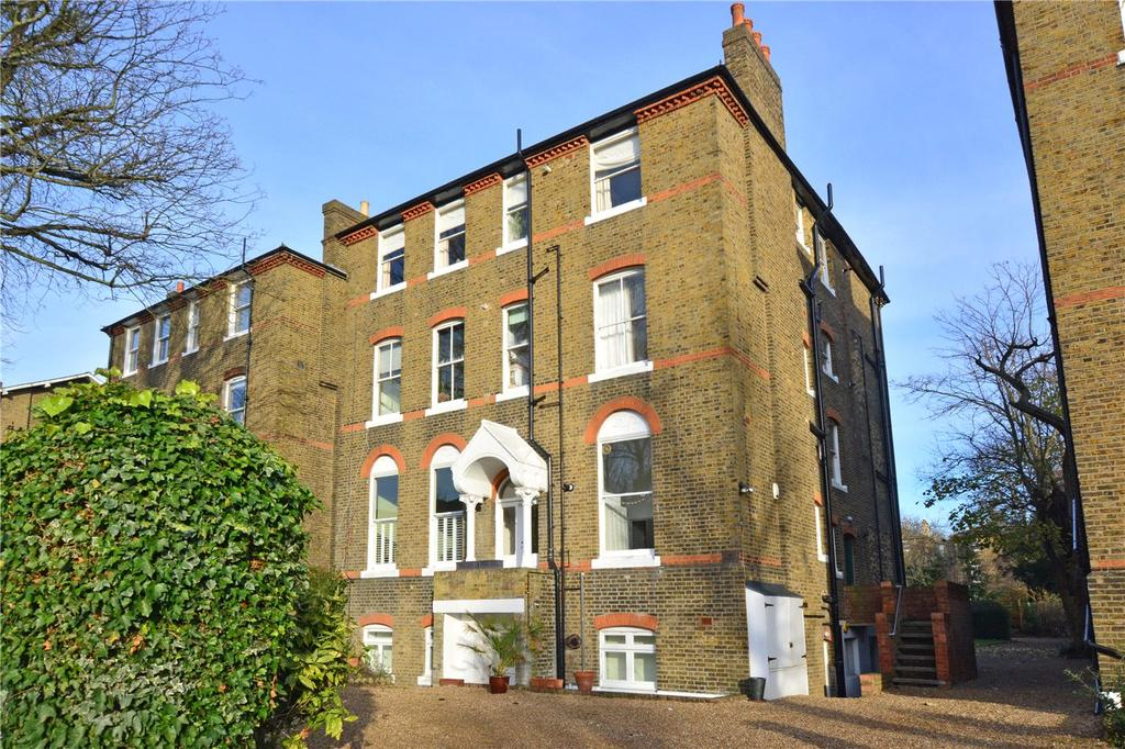2 Bedrooms Flat for sale in Kidbrooke Grove, Blackheath, London, SE3