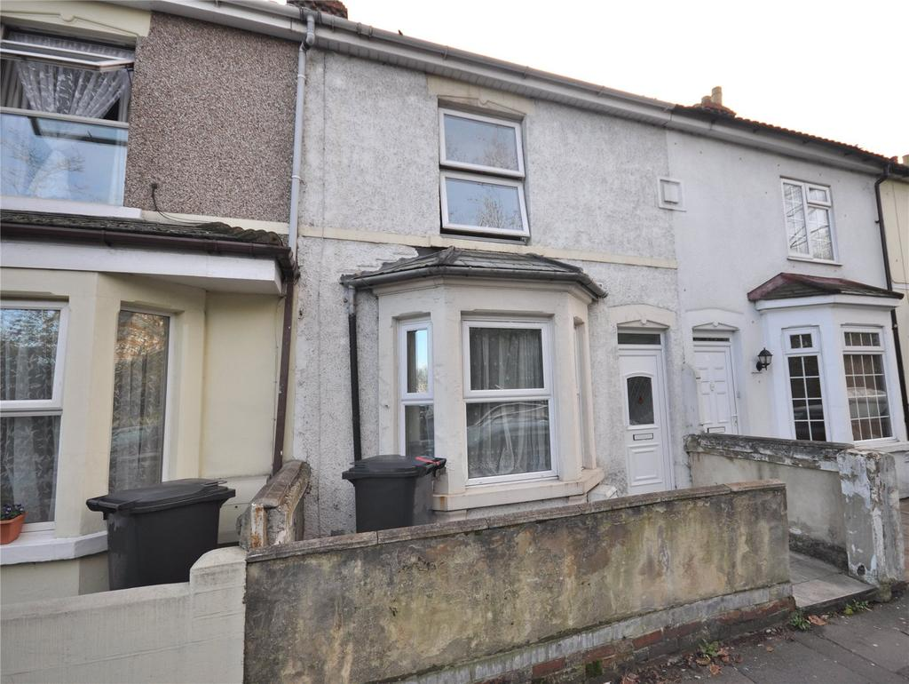 3 Bedrooms Terraced House for sale in Station Road, Swindon, Wiltshire, SN1