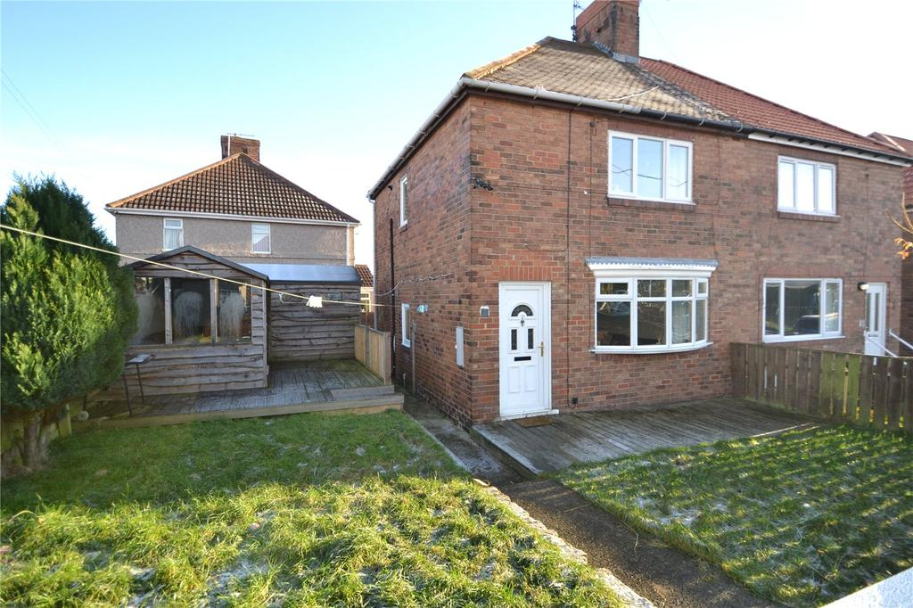 2 Bedrooms Semi Detached House for sale in Hart Crescent, Blackhall, Hartlepool, TS27
