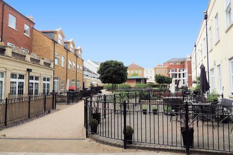 2 bedroom apartment to rent - Main Street, Dickens Heath, B90 1FN
