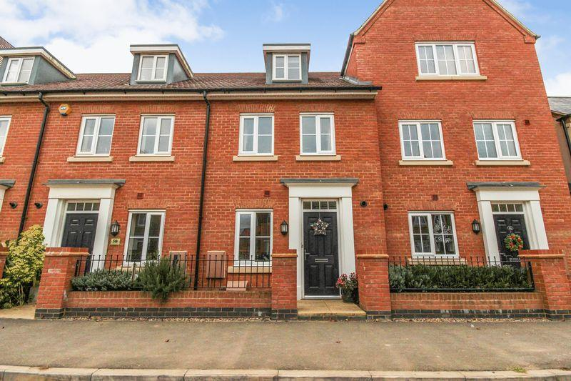 3 Bedrooms Terraced House for sale in Gold Furlong, Marston Moretaine