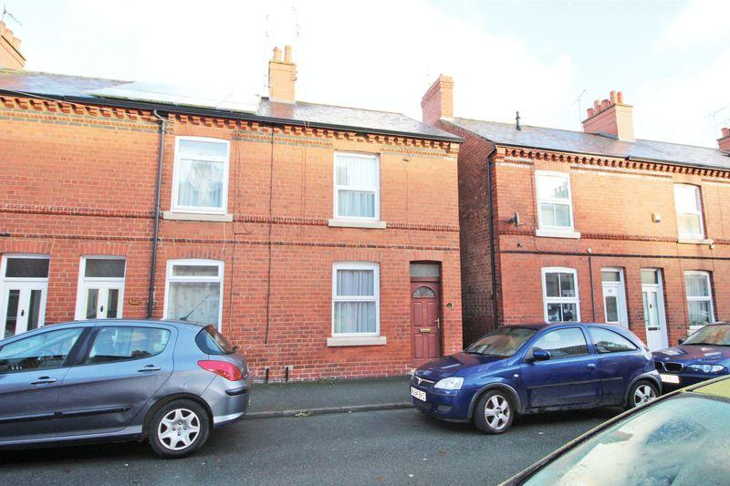 2 Bedrooms End Of Terrace House for sale in Cobden Road, Wrexham