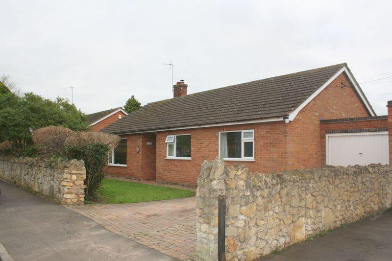 3 Bedrooms Detached Bungalow for sale in Croft Road, Upton Snodsbury