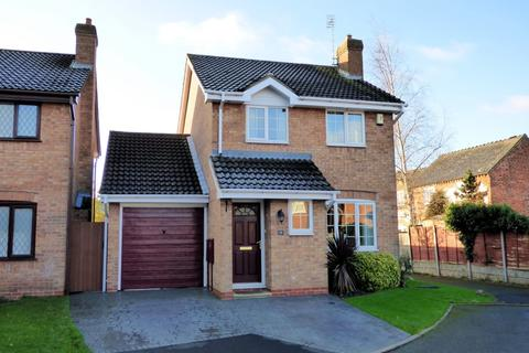 3 bedroom detached house for sale - Crest Close, Stretton