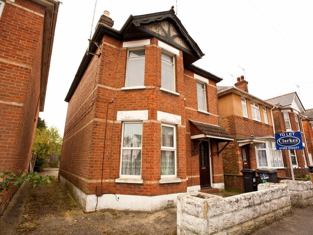 2 Bedrooms Flat for sale in FFF Markham Road, Winton