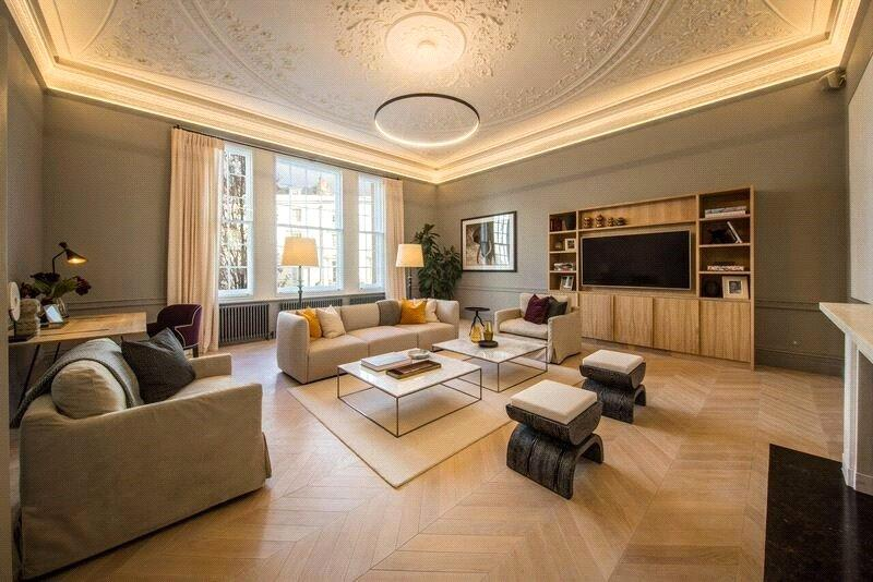 3 Bedrooms Flat for sale in Warwick Square, Pimlico, London, SW1V
