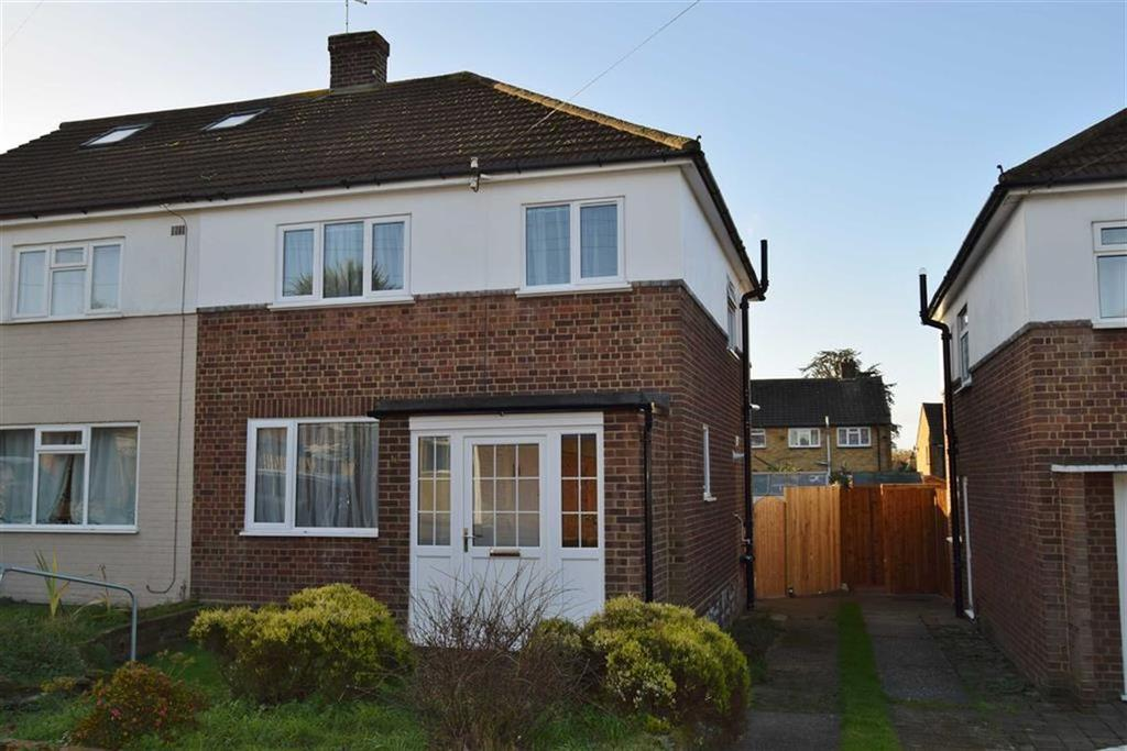 3 Bedrooms Semi Detached House for sale in Lesley Close, BR8