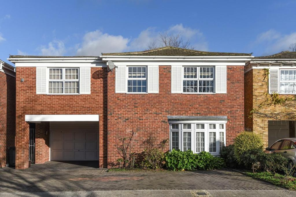 6 Bedrooms Detached House for sale in Cotswold Close, Kingston upon Thames