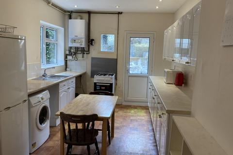 5 bedroom end of terrace house to rent - Hartington Road, BRIGHTON BN2