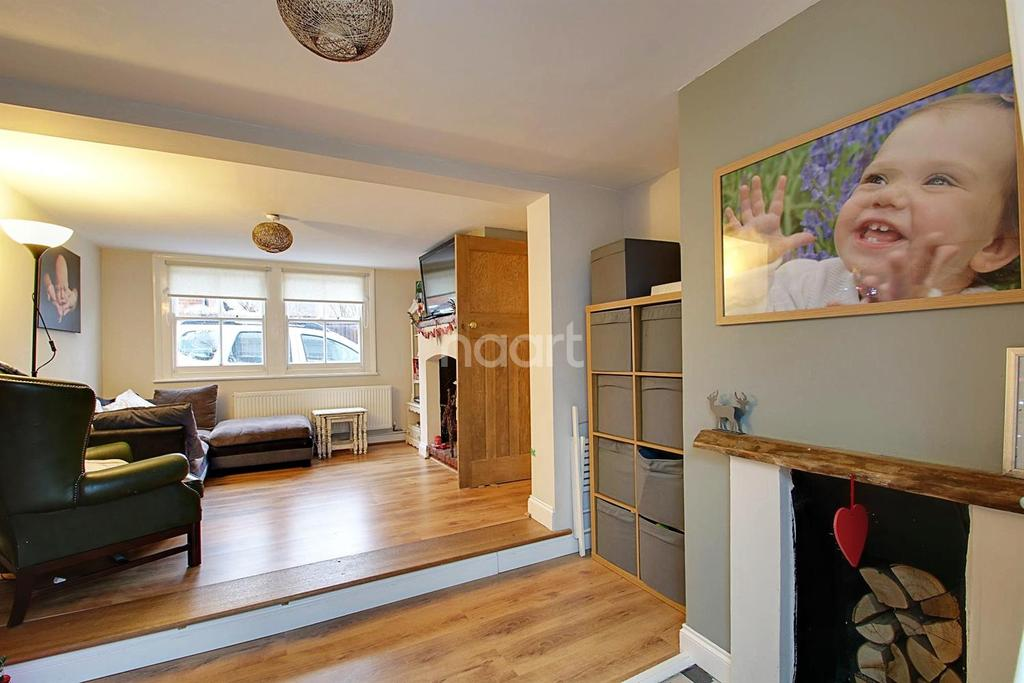 3 Bedrooms Cottage House for sale in High Street, Canewdon