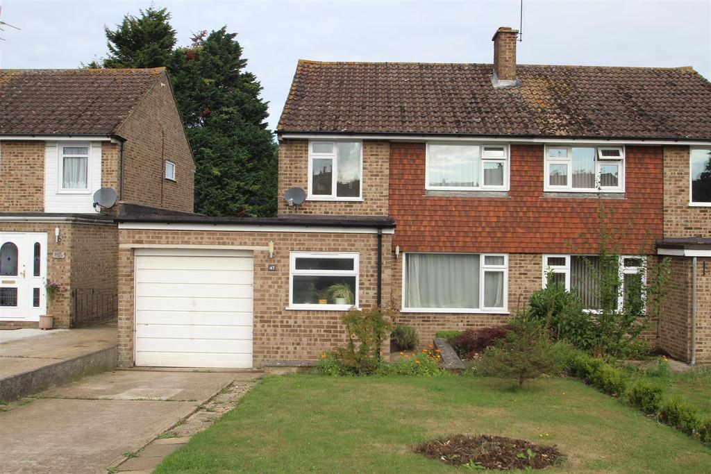 3 Bedrooms Semi Detached House for sale in Mynn Crescent, Bearsted, Maidstone