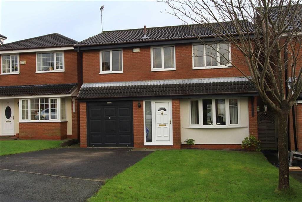 4 Bedrooms Detached House for sale in 8, Wellbank View, Norden, Rochdale, OL12