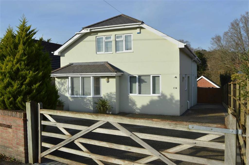 5 Bedrooms Detached House for sale in Clarendon Road, Broadstone, Dorset