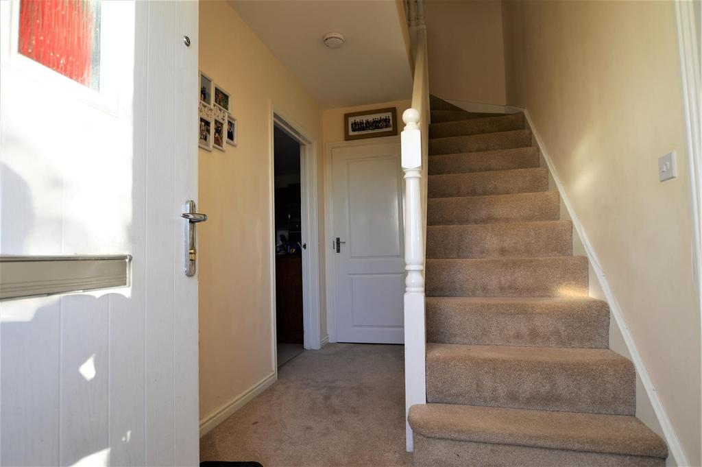 4 Bedrooms Detached House for sale in Cefneithin, Llanelli