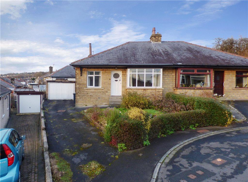 2 Bedrooms Semi Detached Bungalow for sale in Sunny Mount, Sandbeds, Keighley, West Yorkshire
