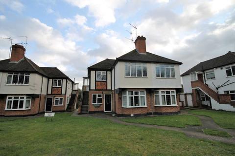 2 bedroom maisonette to rent - Ewell Road, Cheam