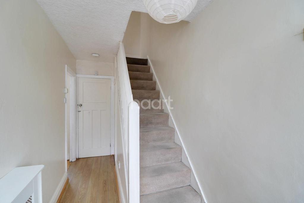 3 Bedrooms Terraced House for sale in Grosvenor Crescent, Hillingdon