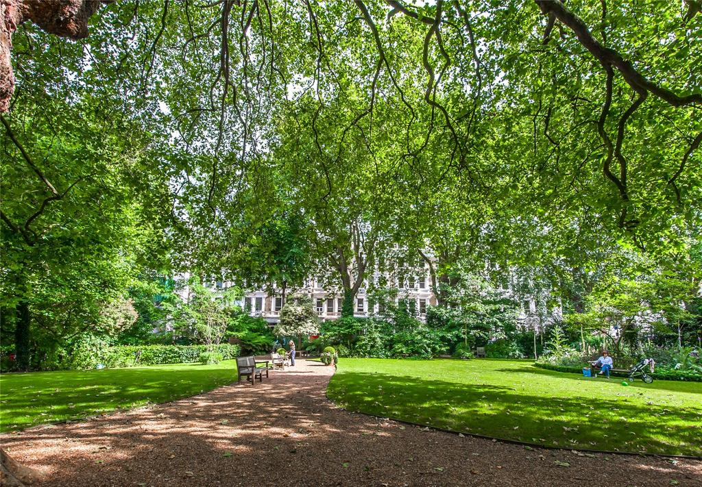 3 Bedrooms Flat for sale in Courtfield Gardens, Earls Court, London