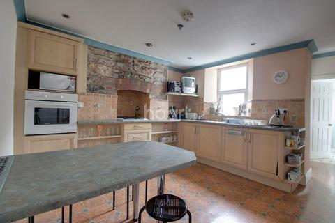 3 bedroom end of terrace house for sale - Penlee Place, Mutley Plain