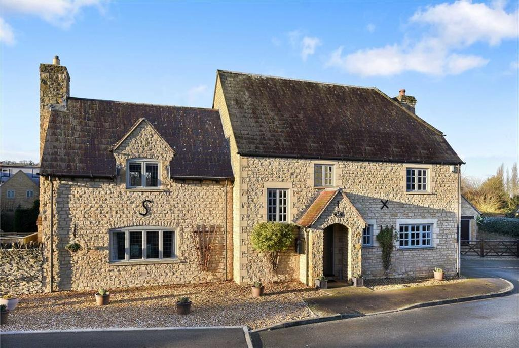 5 Bedrooms Detached House for sale in Barncroft, Long Compton, Warwickshire