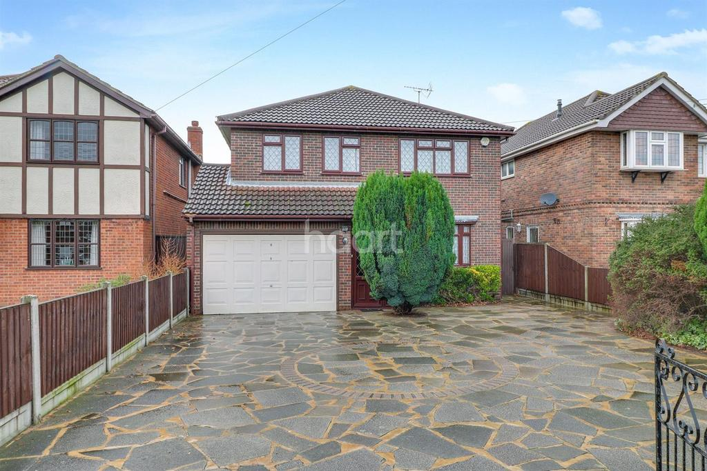 4 Bedrooms Detached House for sale in High Road, Benfleet