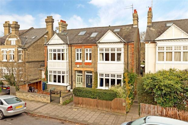 4 Bedrooms Semi Detached House for sale in Tenison Avenue, Cambridge
