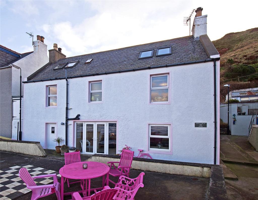 3 Bedrooms Detached House for sale in Denside, Gardenstown, Banff, Aberdeenshire