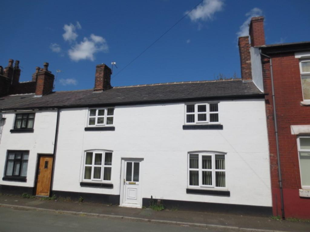 3 Bedrooms Terraced House for sale in Queen Street, Salford