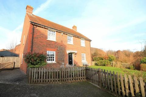 5 bedroom detached house for sale - Morris Drive, Billingshurst
