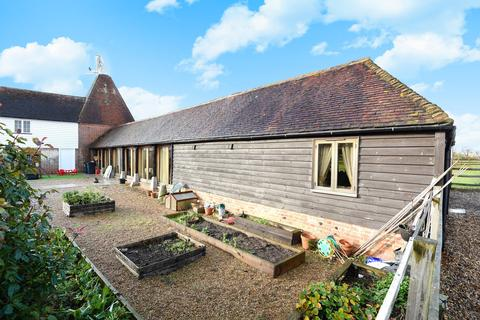3 bedroom property for sale - Hadman Place, Smarden