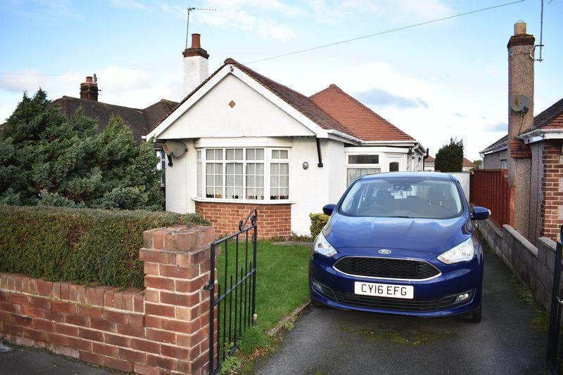 2 Bedrooms Detached Bungalow for sale in Rosehill Road, Rhyl